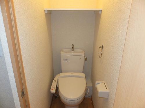 レオパレスモデラーテ 108号室のトイレ
