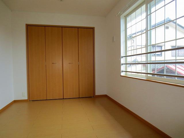 アルモニ-B 02020号室のベッドルーム