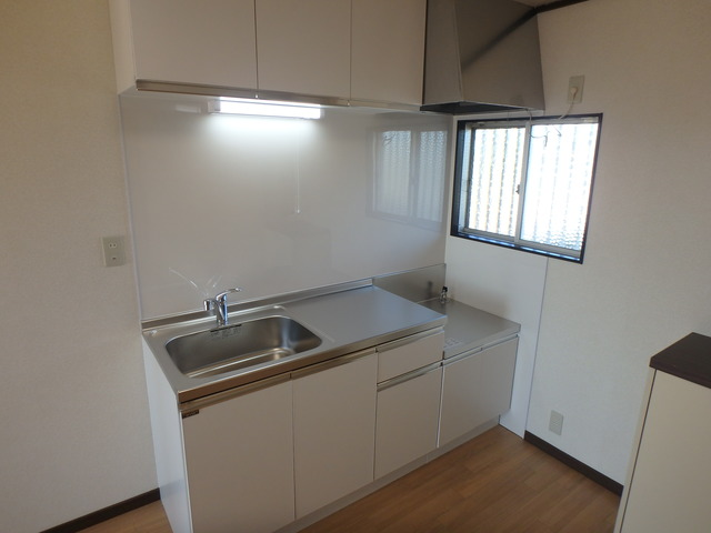 静ハイツ 202号室のキッチン