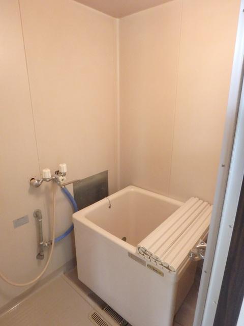 静ハイツ 202号室の風呂