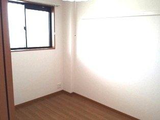 アルカディア 205号室の居室