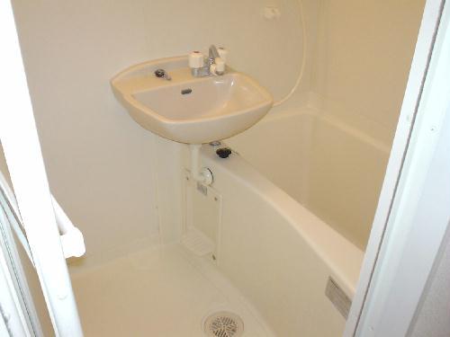 レオパレスペイサージュ 101号室の風呂