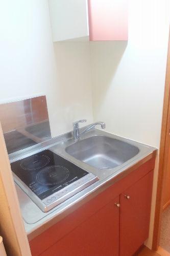 レオパレスステルラ 102号室のキッチン
