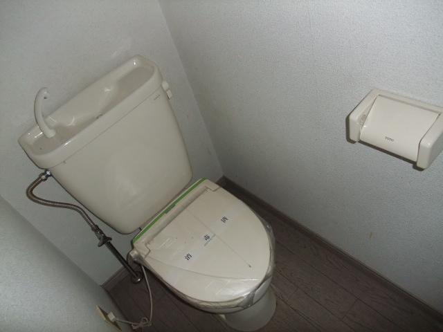 レジデンス三沢Ⅱ 301号室のトイレ