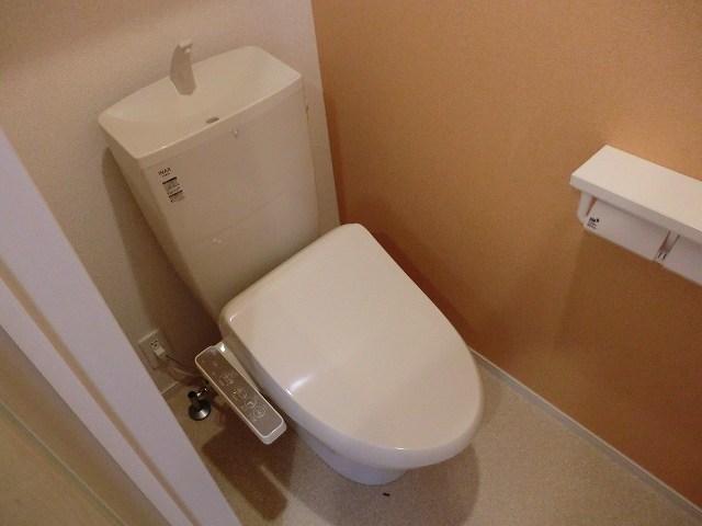 アリエッタ Ⅰ 01030号室のトイレ