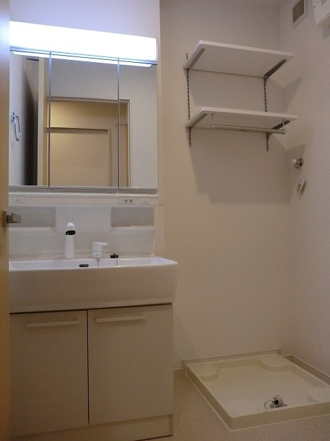 アリエッタ Ⅰ 02020号室の洗面所