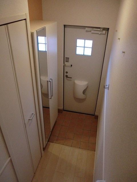 アリエッタ Ⅰ 02020号室の玄関