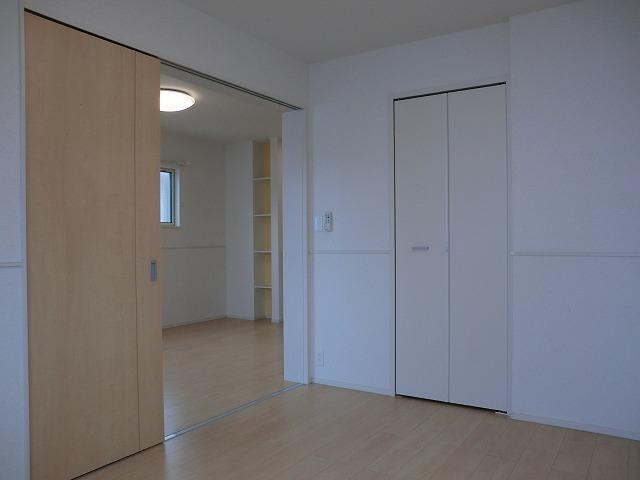アリエッタ Ⅱ 02010号室の居室