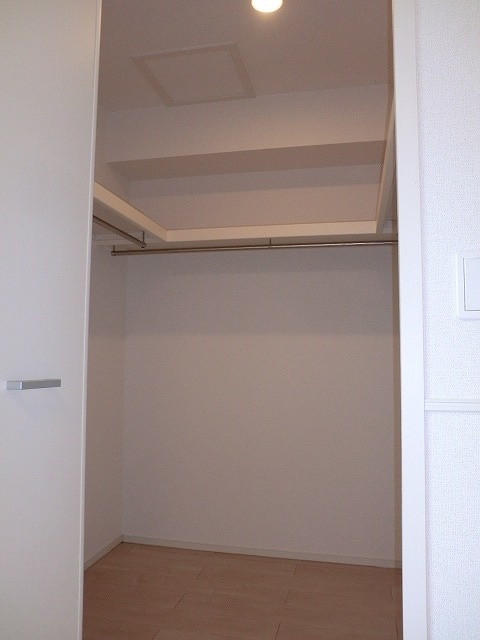 アリエッタ Ⅱ 02010号室の収納