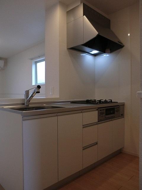 アリエッタ Ⅱ 02010号室のキッチン