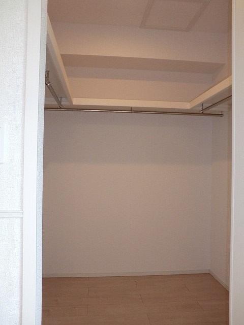 アリエッタ Ⅱ 02020号室の収納