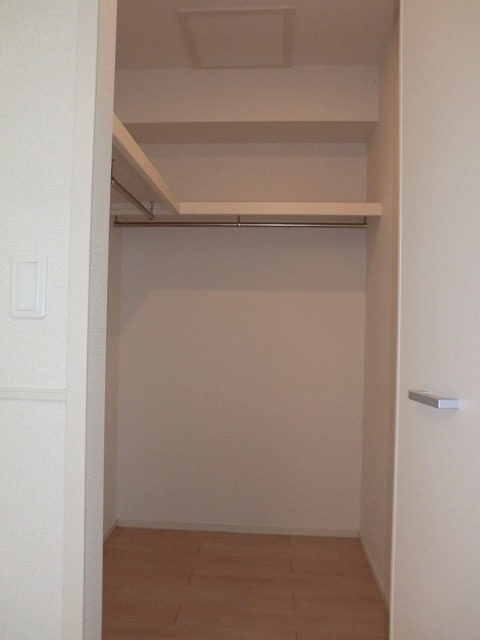アリエッタ Ⅲ 02040号室の収納