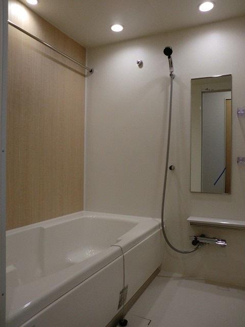 アリエッタ Ⅲ 02040号室の風呂
