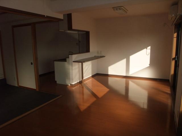 エスポワール 102号室のリビング