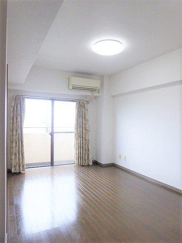 ライオンズマンション高崎 502号室のベッドルーム