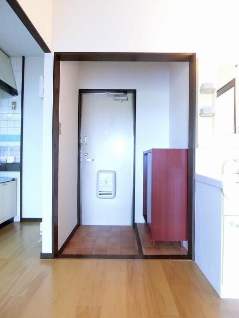 エルディム斉藤 02020号室の収納