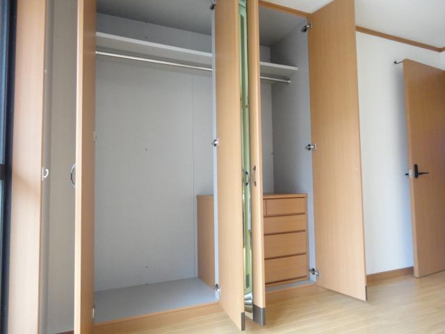 プランドール光円 103号室の居室