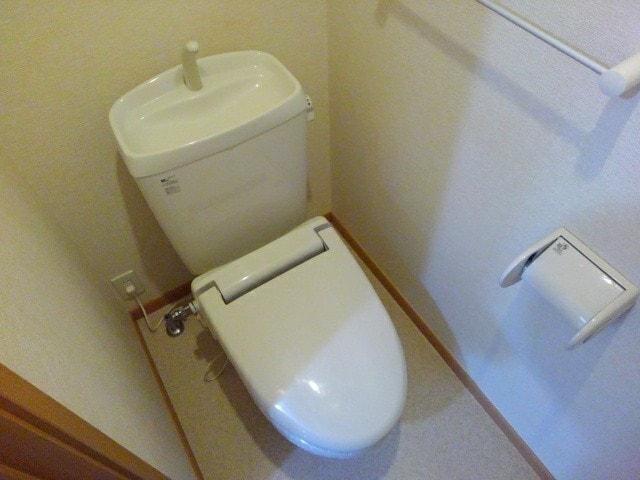 ラ・ボーレA 02020号室のトイレ