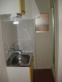 セドルハイム幡ヶ谷 103号室のキッチン