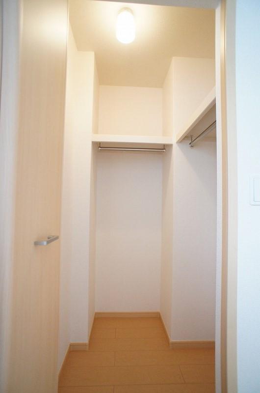 シェーネA 01010号室の収納