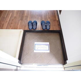 セイワハイム 201号室の玄関