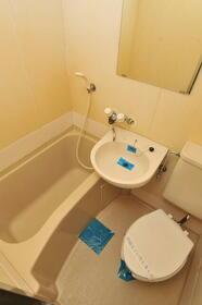 メゾン・ド・パルティ 0205号室の風呂