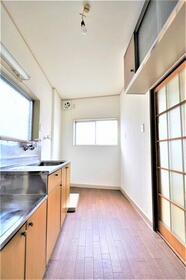 ふじ荘 103号室のキッチン