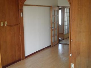 メゾン宮川 3号室の玄関