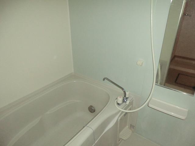 クラーベル志貴 02020号室の風呂