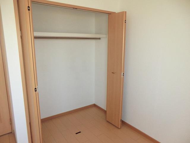 クラーベル志貴 02020号室の収納
