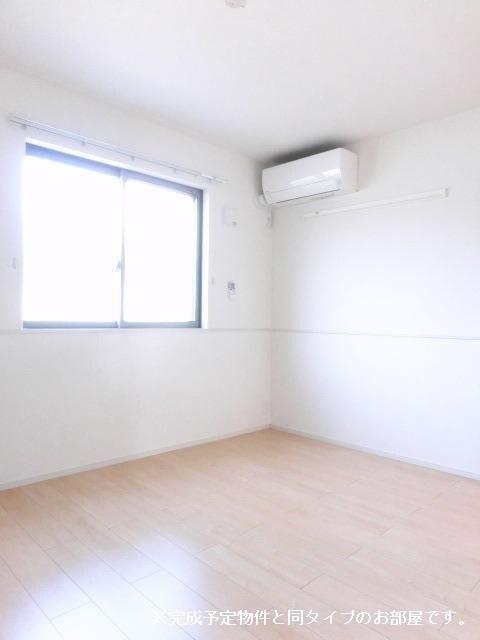 グランメゾン碧 01020号室の居室