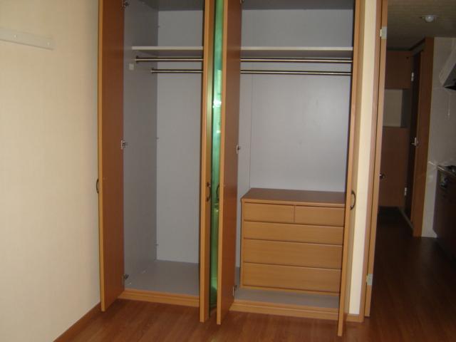 アイフレンド・M 202号室の収納