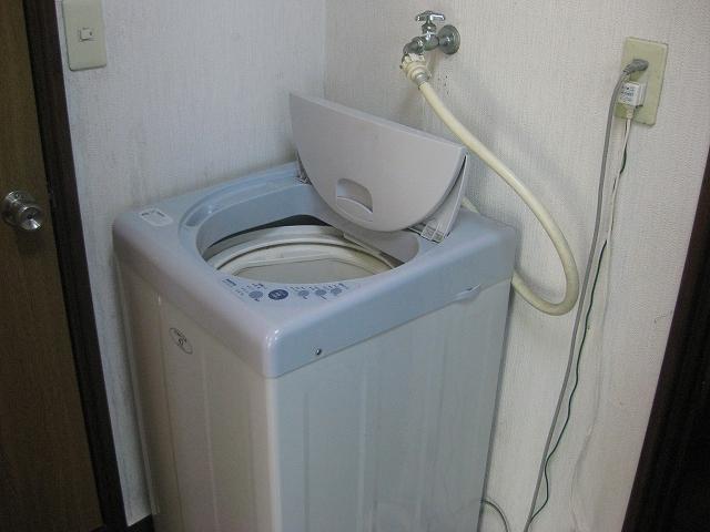 ザ・ホタル A号室の洗面所