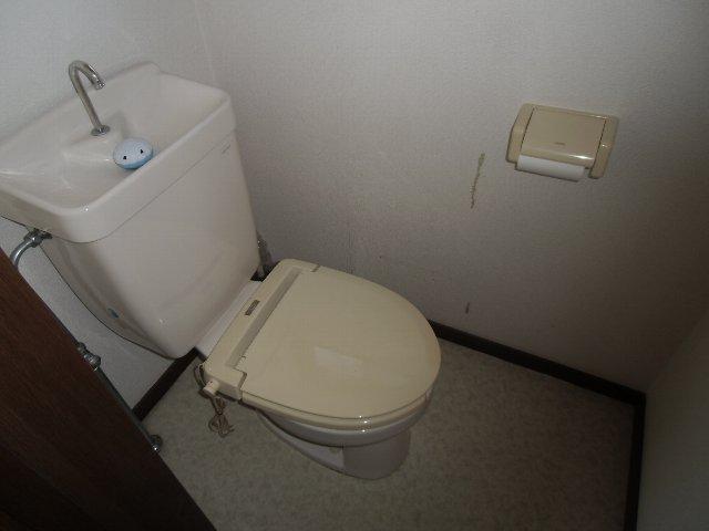 たかせハイツ 201号室のトイレ