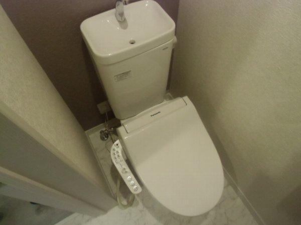 ユナイト衣笠ハロルド・クラーク 201号室のトイレ