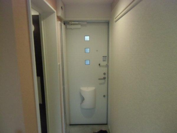 ユナイト衣笠ハロルド・クラーク 207号室の玄関
