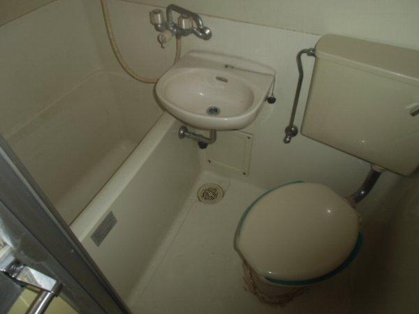 プラザ・ドゥ・ベルテックスB棟 101号室の風呂