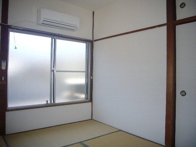 瀬戸アパート 2-2号室のリビング
