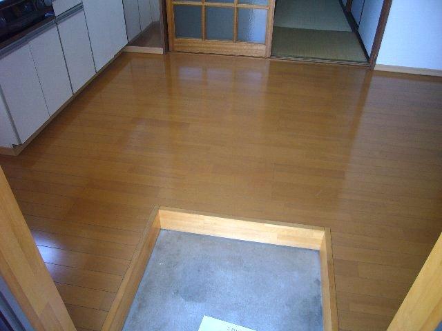 瀬戸アパート 2-2号室の玄関