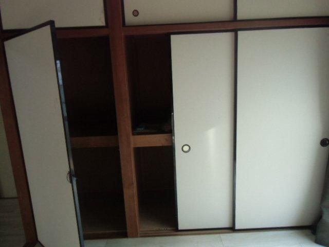 グレーシア横須賀中央 103号室の収納