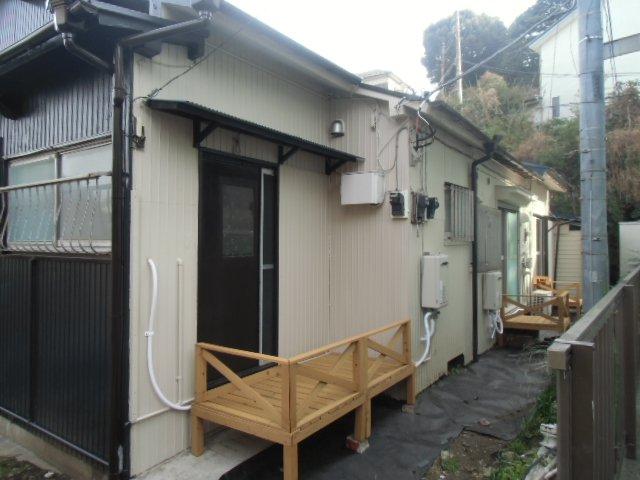 グレーシア横須賀中央 103号室のエントランス