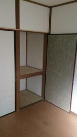 丸美荘 B-5号室のベッドルーム