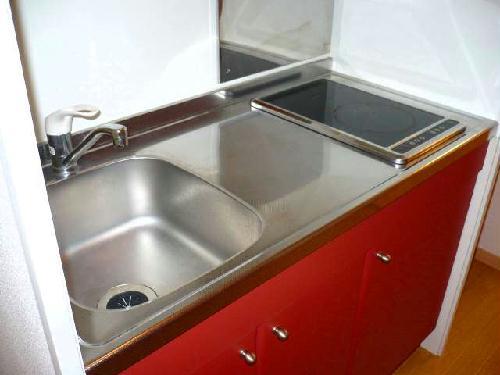 レオパレスアビタンティ 104号室のキッチン