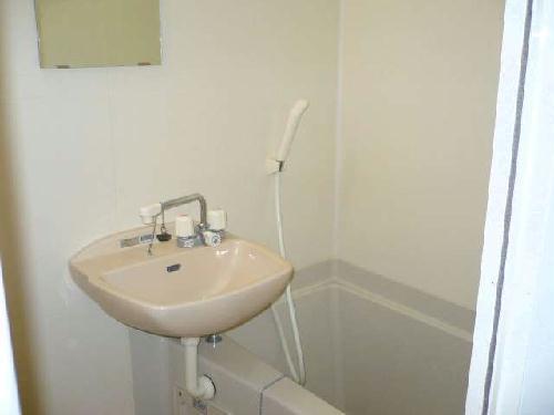 レオパレスアビタンティ 104号室の風呂