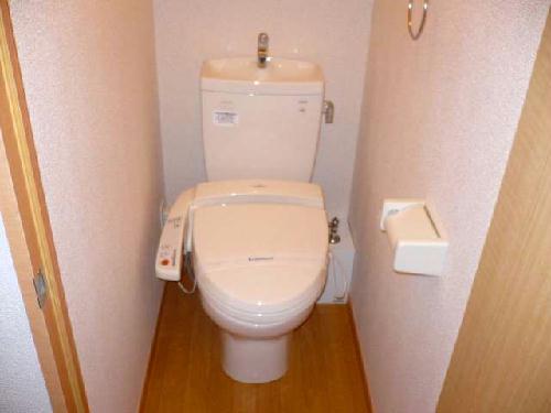 レオパレスアビタンティ 104号室のトイレ
