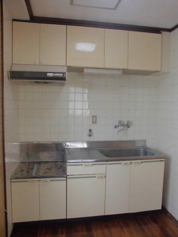神元ビル 4-B号室のキッチン