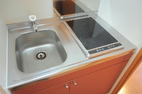 レオパレスKMティーダ 104号室のキッチン
