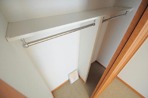 レオパレス新都心マティダ 303号室の風呂