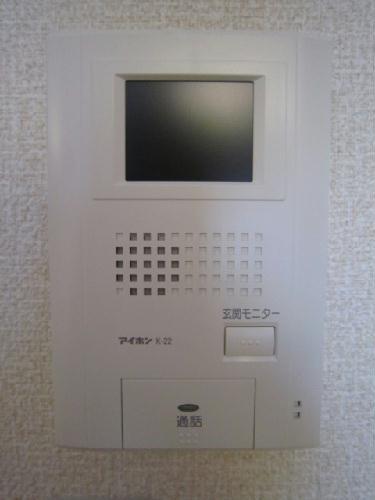 レオパレスグリュ 204号室のセキュリティ