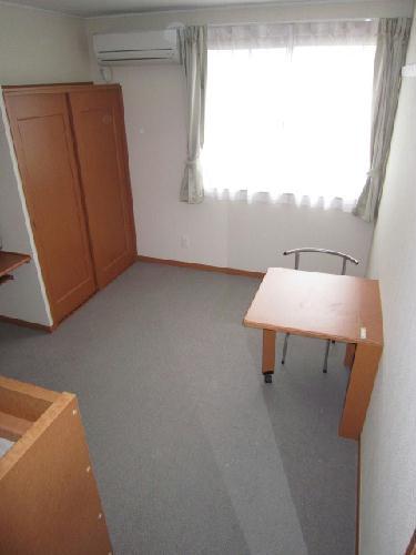 レオパレスグリュ 204号室のリビング